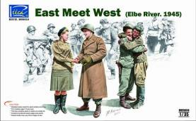 East Meet West- Elbe River 1945 4 Figure Set
