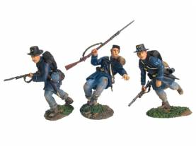 W Britains First Gear Valley Campaign Union/Frock Coats Charging No.2 #17833 1 Available OOP