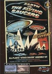 Earth vs The Flying Saucers: Attack Saucer w/LED Light 5