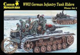 WWII German Infantry Tank Riders -Winter Set 2 in Greatcoat