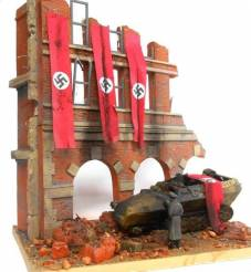 Fall of Berlin German Street Scene Ruined Building Front w/Base