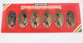 Britains 7237 Black Watch Officer Piper And Troops