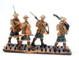 WWI Scotts Marching