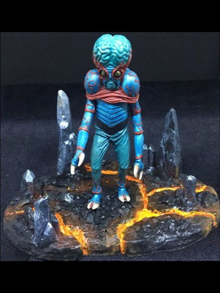 microMANIA - Alien Mutant Figure and Base
