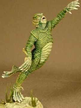 microMANIA - Creature from the Black Lagoon Figure and Base