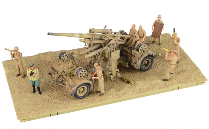 Krupp 88mm FlaK 18. German Army DAK, El Alamein, North Africa, June 1942, w/8 Figures
