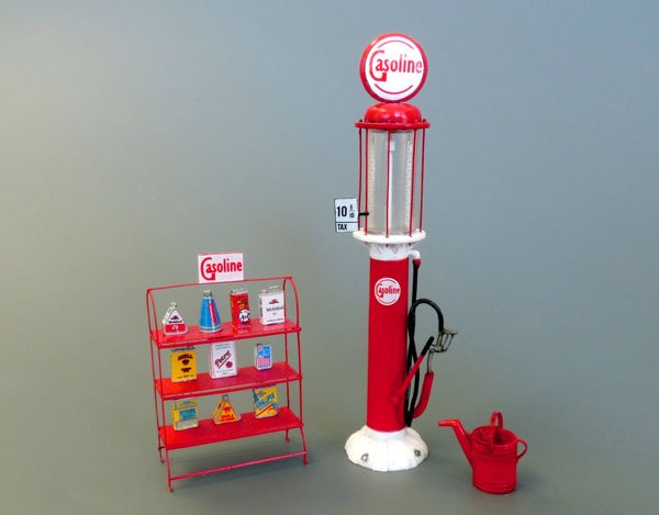 Michigan Toy Soldier Company : Plus Models - Gasoline Stand