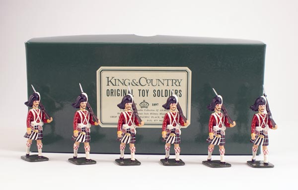 King & Country Seaforth Highlanders Marching 1 Available OOP