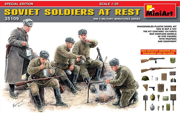 Soviet Soldiers at Rest (5) w/Weapons & Equipment